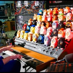 THE FURBY ORGAN, A MUSICAL INSTRUMENT MADE FROM FURBIES - YouTube